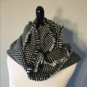 Ann Taylor Black and White Infinity Scarf